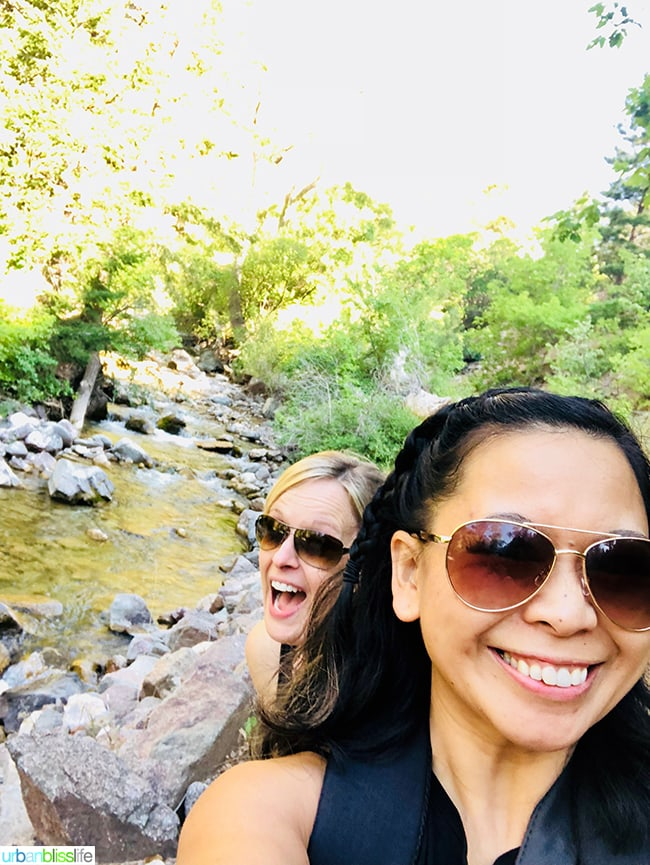 Marlynn Schotland & friend hiking Colorado road trip