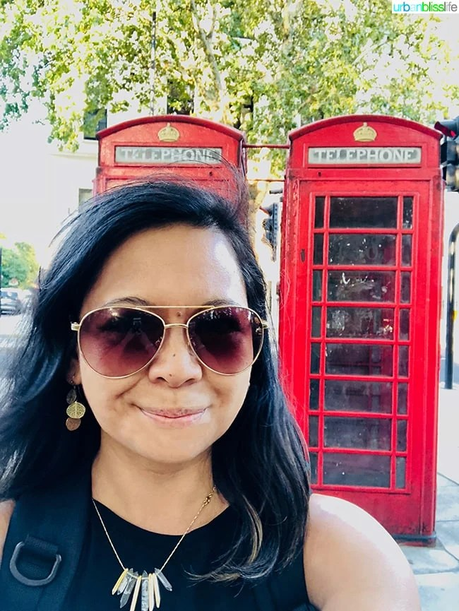 Marlynn red telephone booth London