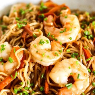 Shrimp Lo Mein Noodles