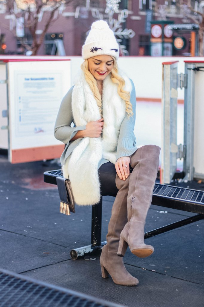 winter-fashion-fur-scarf-style-boots-urban-blonde