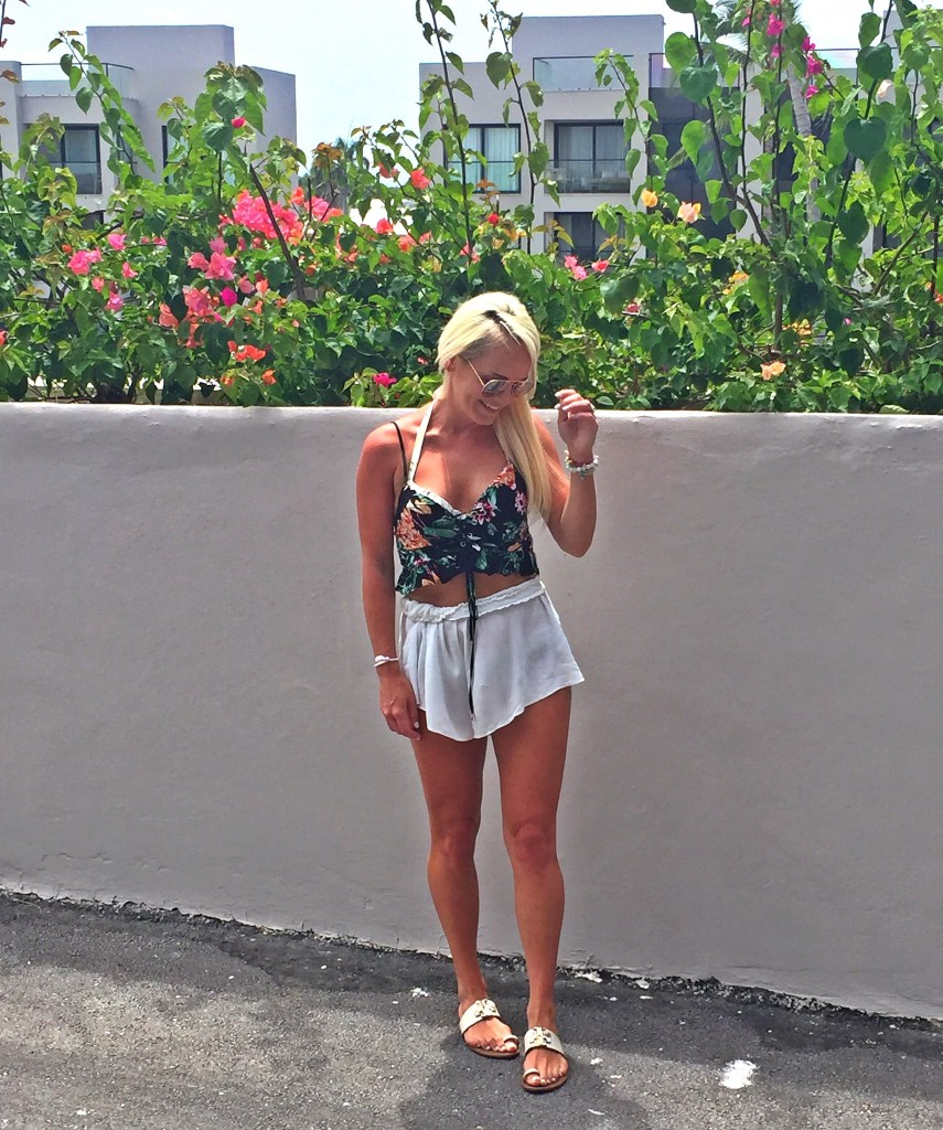 tropical-punta-cana-outfit