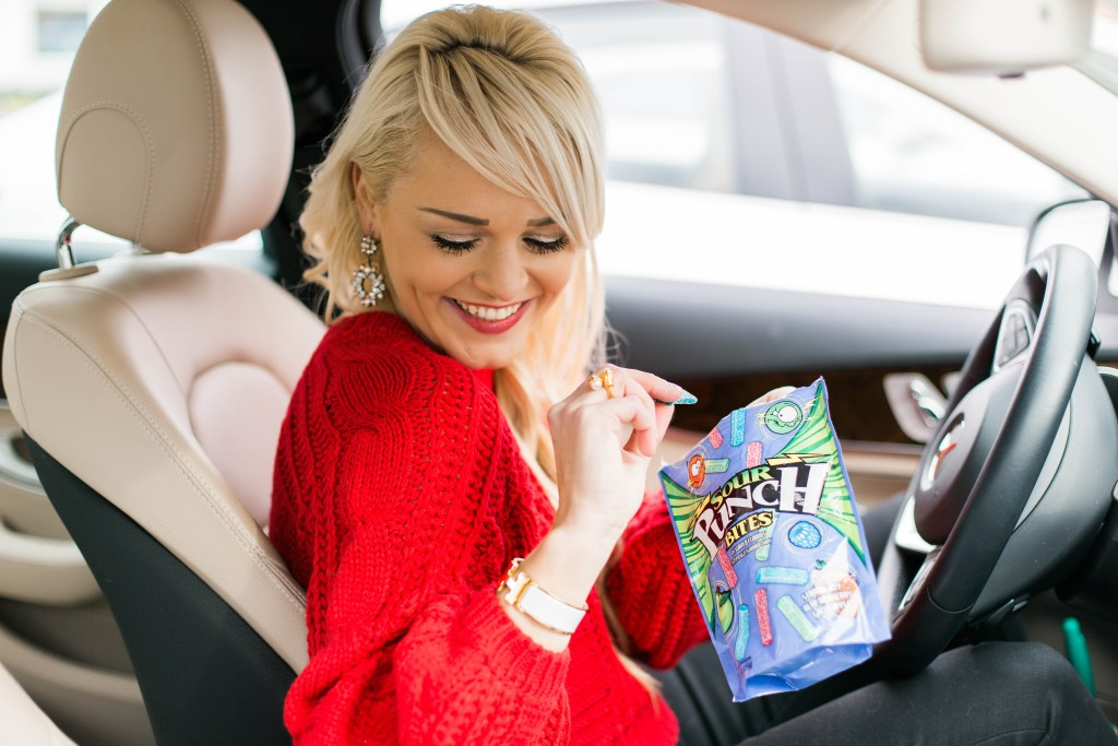 traveling-for-the-holidays-with-sour-punch-bites-urban-blonde-fashion-blogger-review