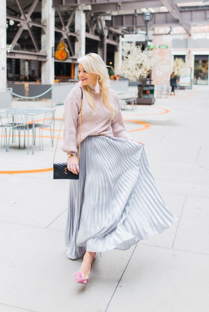 the-pleated-skirt-that-makes-a-statement