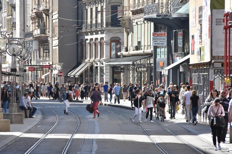 Rue De Rive Geneva Switzerland 171 Urban Capture Travel