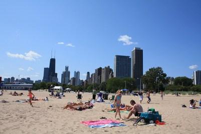 Cheap Chicago Tinder Date - Beach