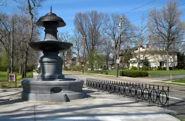 Probasco Fountain [Kevin LeMaster]