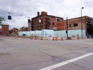 Holiday Inn rising at 7th and Broadway [Travis Estell]