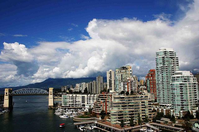 Vancouverisme et De-Downtownification