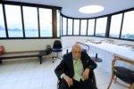 L'architecte brésilien Oscar Niemeyer, âgé de 104 ans, est hospitalisé depuis samedi pour des raisons encore non dévoilées.