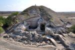 Une partie du site de Provadia-Solnitsata qui rassemble les restes de maisons à deux étages, une nécropole, des fortifications, etc.