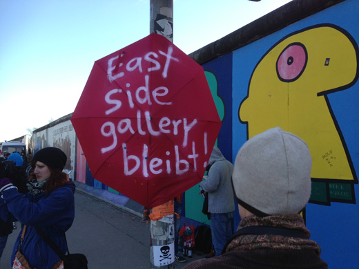 east-side-gallery-bleibt