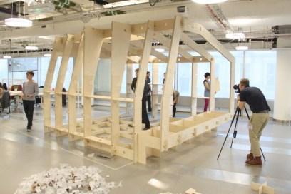 Le Hub de WikiHouse, un modèle présenter en exposition