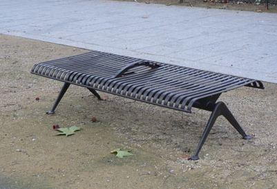 Un banc à ne pas pratiquer à l'horizontal