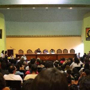 Conférence de David Harvey au forum de résistance à Habitat III, faculté de jurisprudence, Université Centrale de l'Équateur, 20.10.2016.