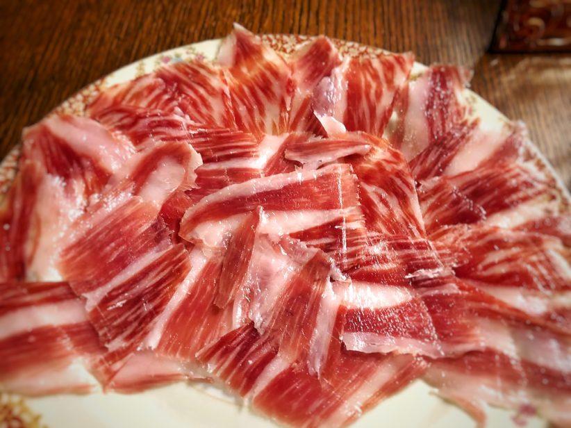 LaLola Taberna Gourmet y Arturo Sánchez elaboran un menú degustación 100% ibérico
