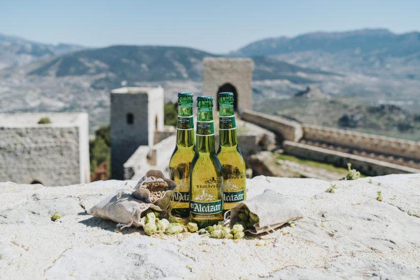 El Castillo de Santa Catalina de Jaén celebra el regreso de la cerveza El Alcázar