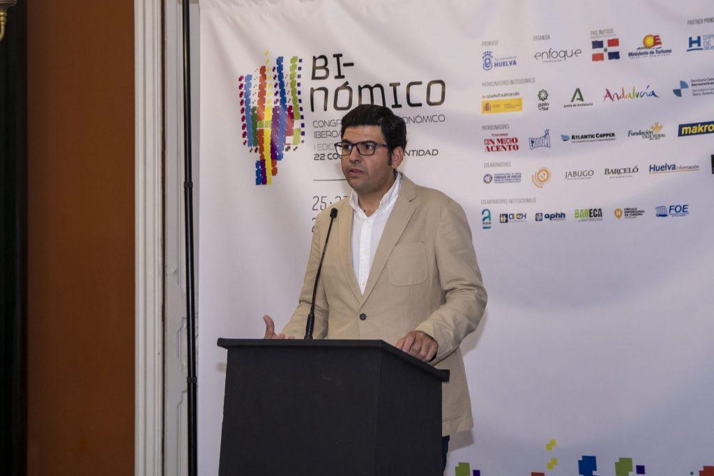 Binómico presenta su programa de charlas y ponencias