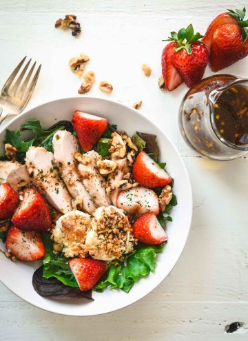 Strawberry Chicken Salad with Baked Goat Cheese Rounds