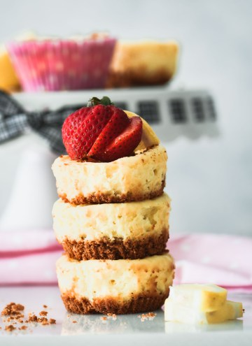 Mini Lemon Cheesecakes:  A Summery Dessert Recipe