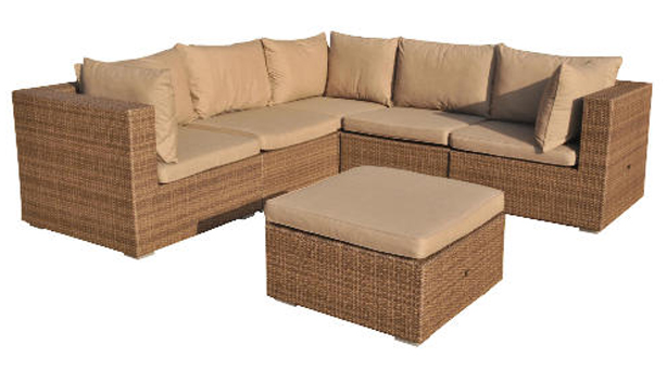Sitting And Sowing In Your Spring Garden Garden Furniture
