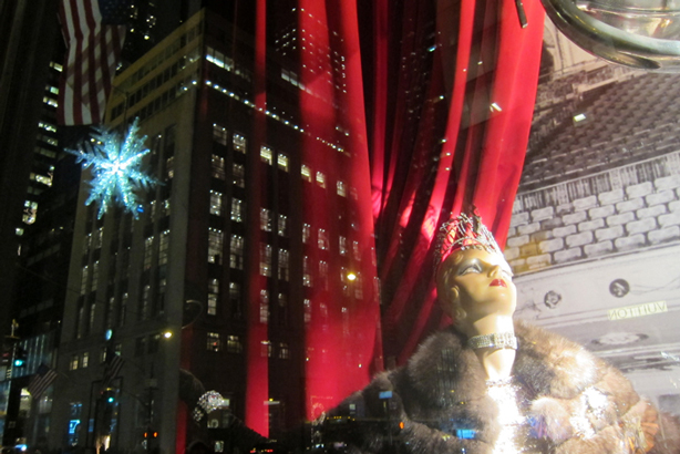 nyc-window-bergdorf-1