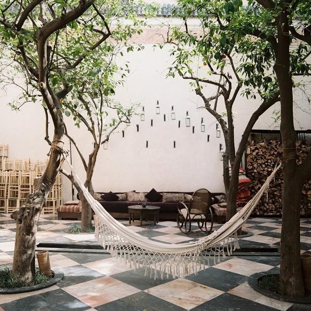 lonny-outdoor-living-room