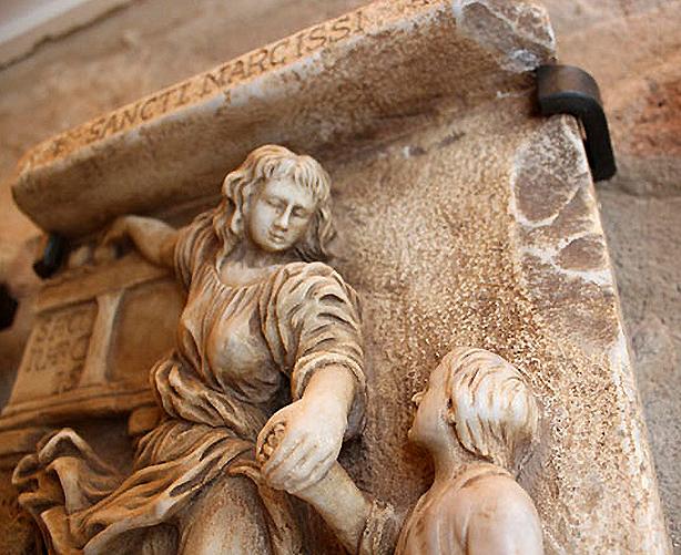 llegendes-sculpture-detail