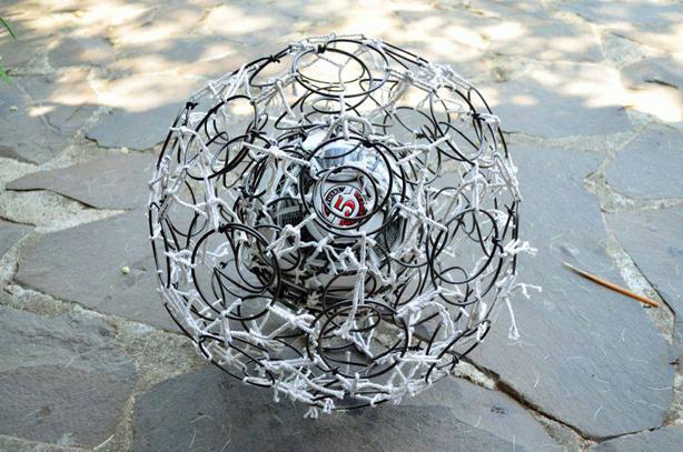 fabrica-soccer-ball-frame-for-seat