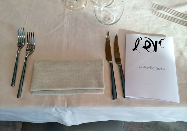 clever-storage-dinner-place-setting-menu