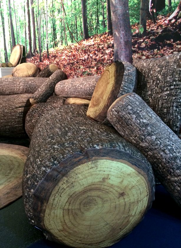 soft-log-stools-pillows_urbangardensweb