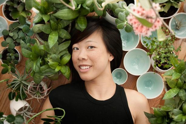 designer-farrah-sit-urbangardensweb