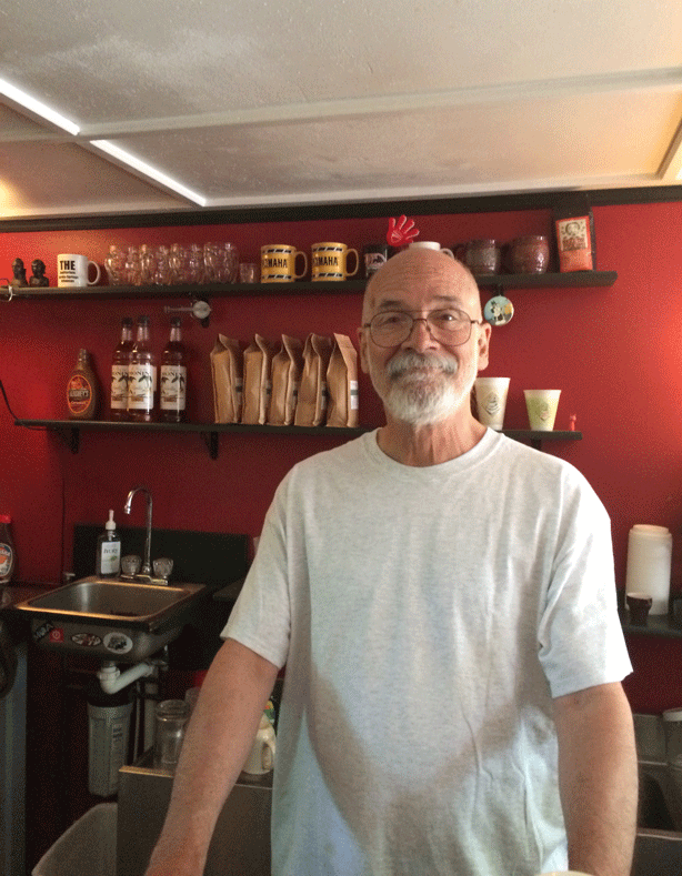 rocoes-cafe-owner