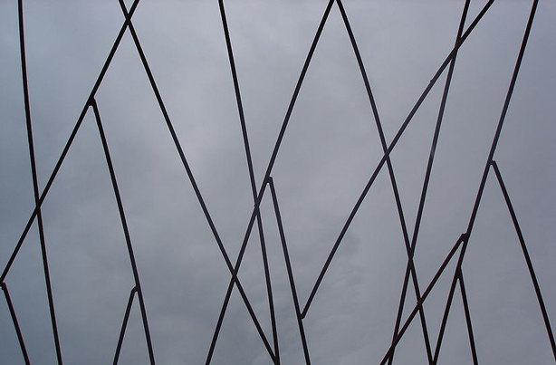 rancis-beninca-rebar-sculpture-detail-urbangardensweb