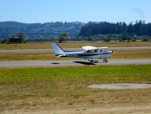 meadowlark_airplane_delivery_urbangardensweb_614