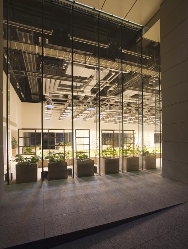 pasona-exterior2-urbangardensweb