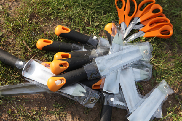 fiskars_hand_tools_pot_urbangardensweb