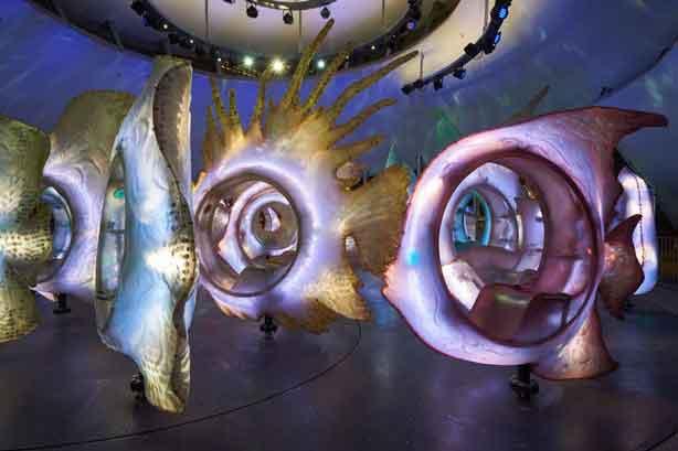 battery-park-carousel-inside3-urbangardensweb