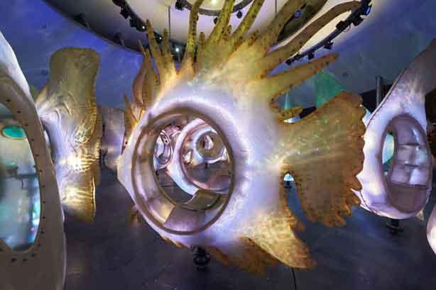 battery-park-nyc-fish-carousel-2-urbangardensweb