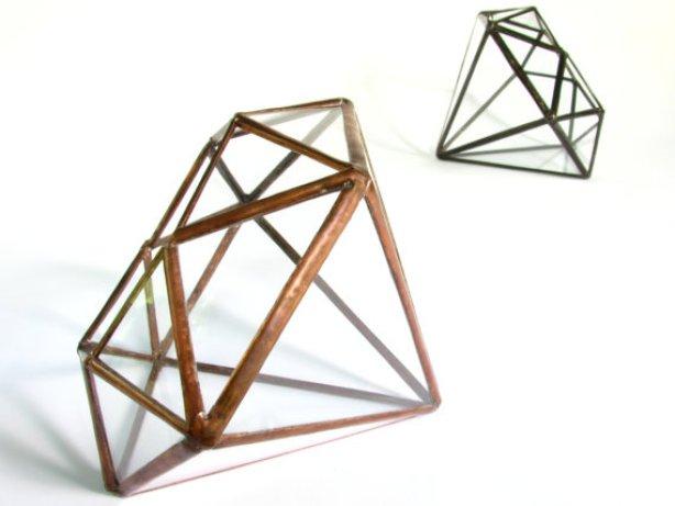 Diamond shaped terrariums
