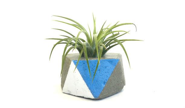 Icosahedron Concrete Planter