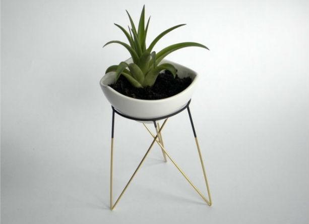 L Geometric Plant Stand