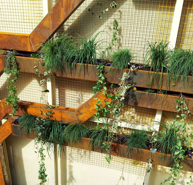 Urban-steel-tree-garden-1-urbangardensweb