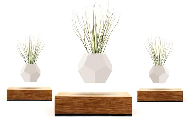 lyfe-set-of-three-levitating-planters