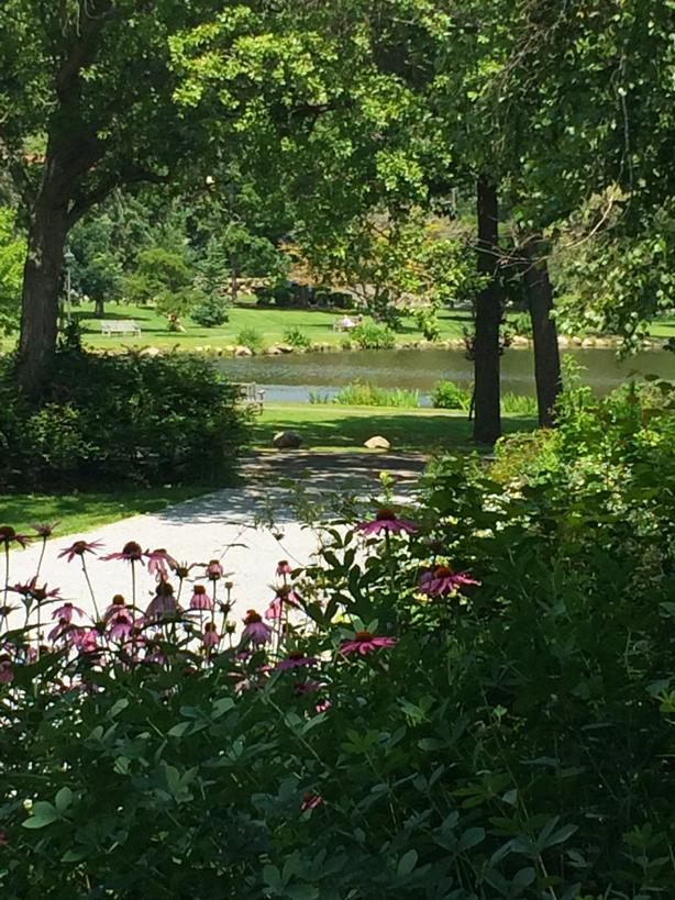 Connecticut-house-and-garden-makeover-binney-park-robin-plaskoff-horton-urbangardensweb