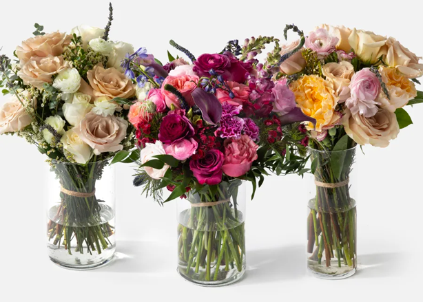 HANDPICKED SEASONAL FLOWERS SUBSCRIPTION