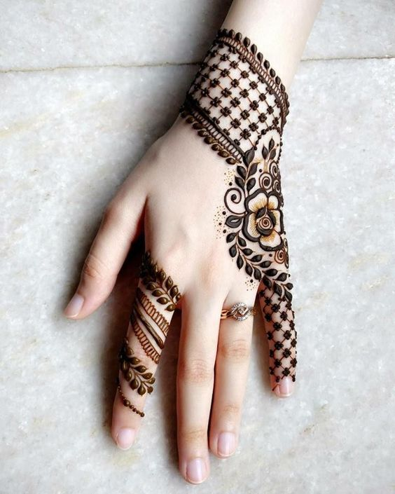 1000+ Latest Mehndi Designs of 2019 (Simple \u0026 Easy to Apply)