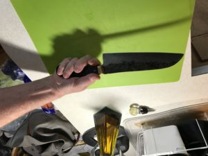 Handle grip on a chef knife