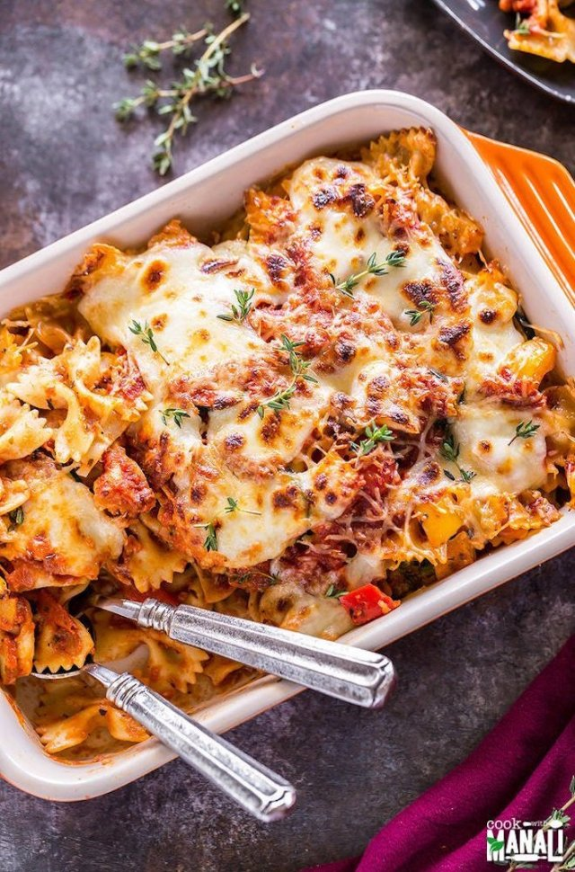 STYLECASTER | 15 Veggie-Packed Winter Pastas That Are Comforting and Good For You | Veggie Lovers Pasta Bake