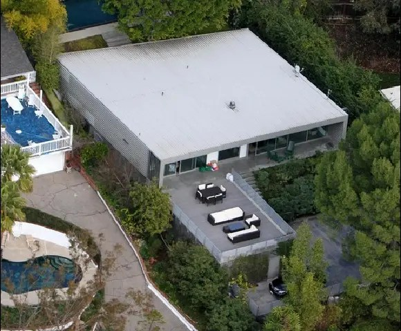 Zac Efrons New House in Hollywood Hills California