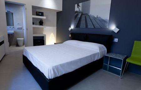 Comfort rooms 1&2